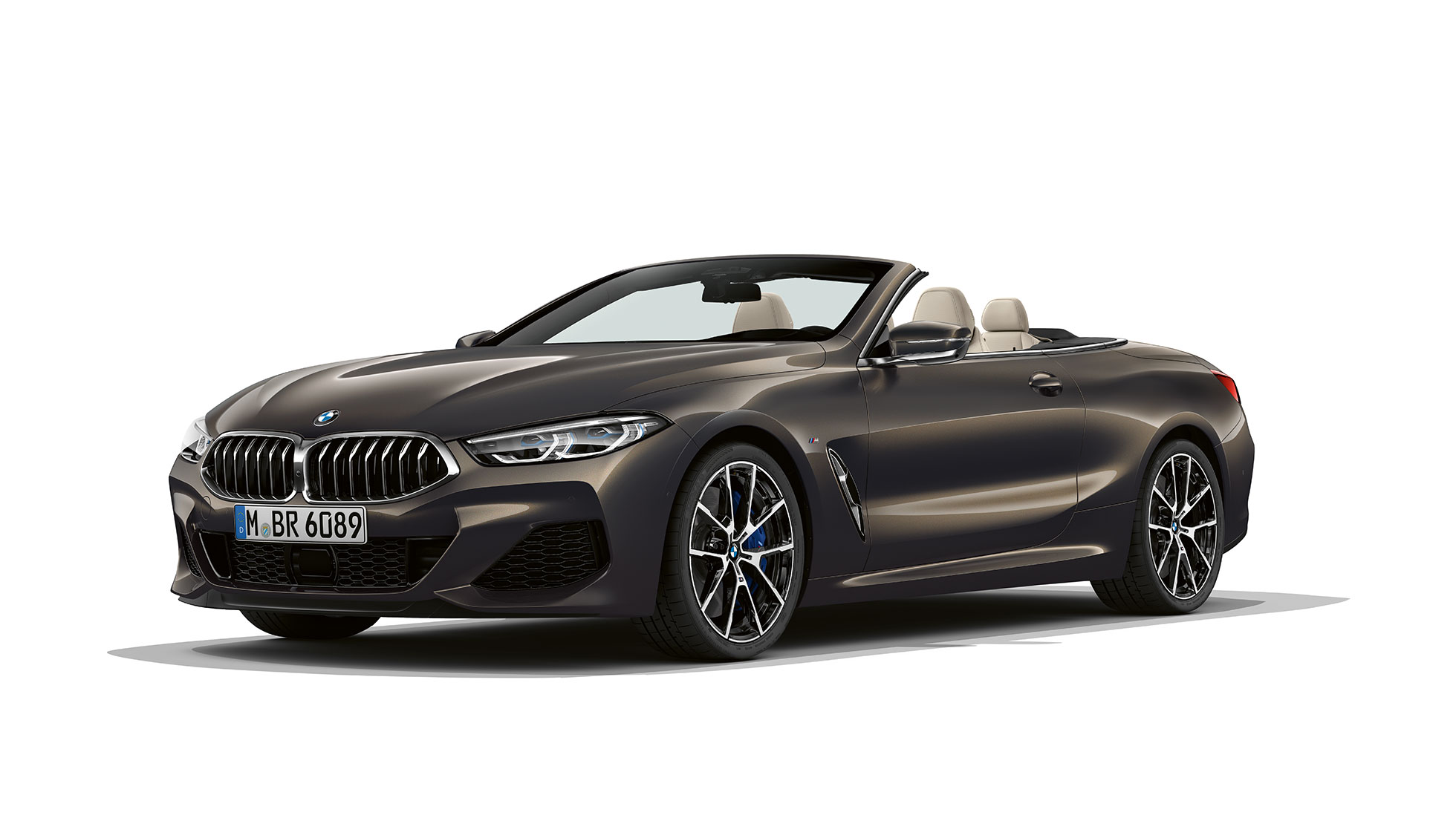 BMW M850i xDrive, Dravit Grey metallic, three-quarter view front.,BMW M850i xDrive, Dravit Grey metallic, three-quarter view front.